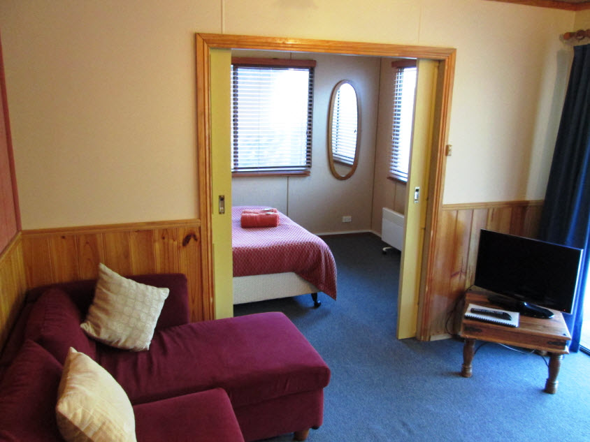 one bedroom cabins deluxe launceston holiday park legana