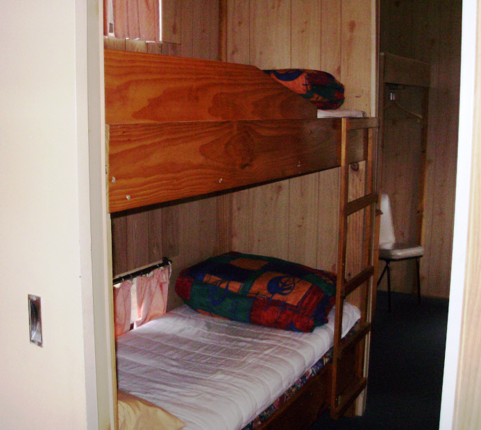one bedroom cabins standard launceston holiday park legana